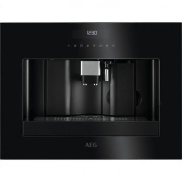 Vestavné spotřebiče - AEG Mastery KKE884500B plně automatický vestavný kávovar, design SPECIAL BLACK