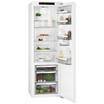 Vestavné spotřebiče - AEG Mastery SKE818E9ZC vestavná chladnička, nízkoteplotní zásuvka, pevné panty, A++